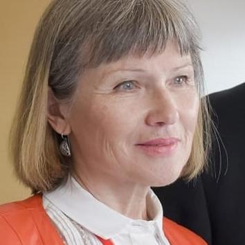 Лекторы 10 Школы — Ирина Григорьева