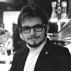 Кураторы 5 Школы: Георгий Николаенко